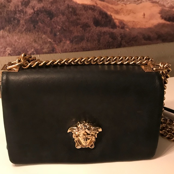 d0dc349263d1 Versace Palazzo crossbody bag. M 5b22b8062beb79c388d04710